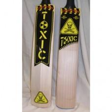 Toxic Junior Cricket Bat